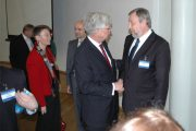 20101104-2_sannikov_forum.jpg