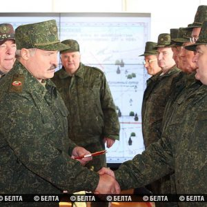 lukashenka_military.jpg