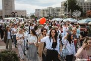 women protest in Minsk