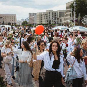 women protest in Minsk
